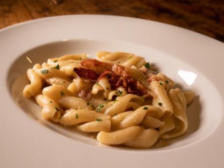 Senatore Cappelli Pasta mit Saubohnen-Restaurant Hotel Alla Fonte-Arta Terme-Karnien