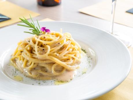 Spaghetti mit Käse und Pfeffer-Restaurant Hotel Alla Fonte-Arta Terme-Karnien